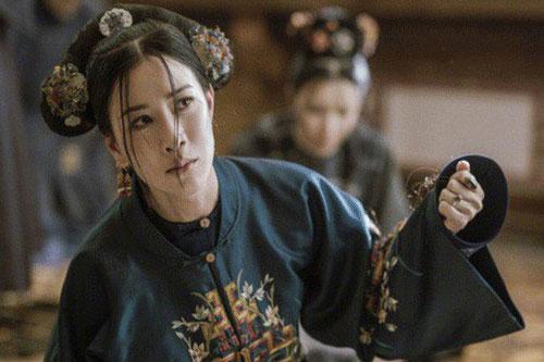 Chuyện Kế Hoàng hậu tự cắt tóc mình: Đó là nhát dao chặt đứt 3 giá trị đẹp đẽ nhất của người phụ nữ Mãn Châu