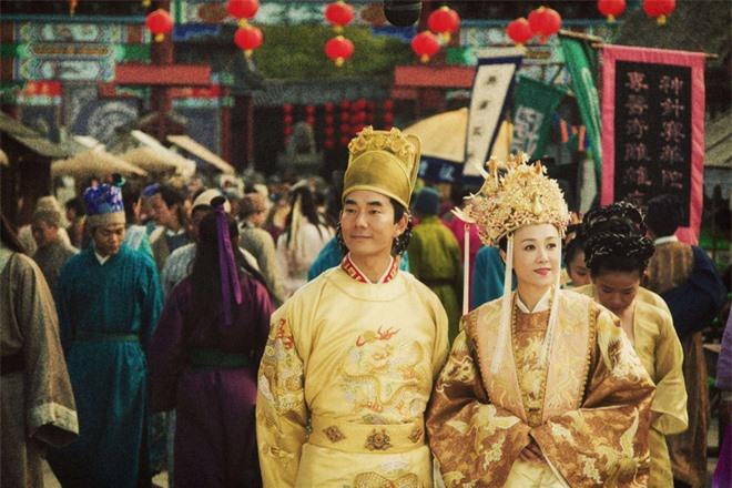 Bi hài chuyện giường chiếu của hoàng đế Trung Hoa: Muốn chọn ai phải được hoàng hậu đồng ý, lúc hành sự có thái giám đứng gần theo dõi - Ảnh 4.