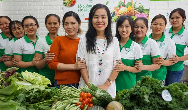 Phạm Thị Bích Lan và Rau cười Việt Nhật
