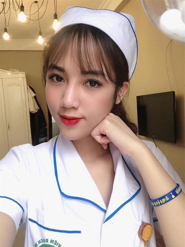 Sinh nhật đáng nhớ của nữ điều dưỡng viên tại bệnh viện Bạch Mai - 4