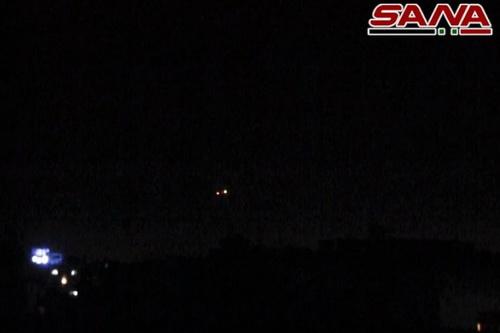 Tên lửa Israel được bắn đi từ trong không phận Lebanon. Ảnh: SANA.
