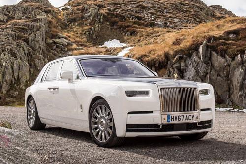 3. Rolls-Royce Phantom.