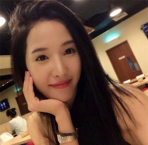 4 bà mẹ đẹp như hotgirl nổi tiếng cộng đồng mạng Singapore - 5