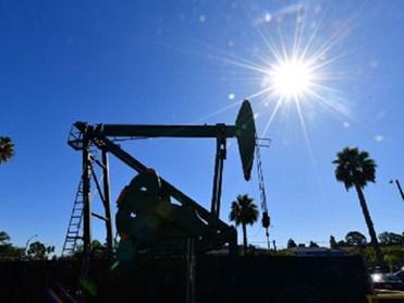 Giá xăng, dầu (2/4): Thị trường bất ổn