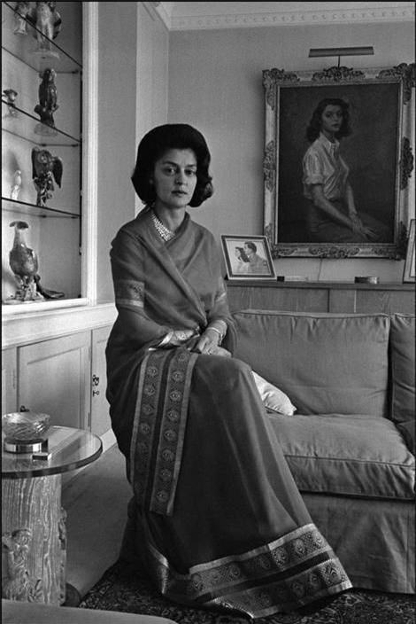 Nhan sắc đi vào lịch sử của hoàng hậu đẹp nhất Ấn Độ và nỗi đau đến khi qua đời cũng không nguôi - Ảnh 4.