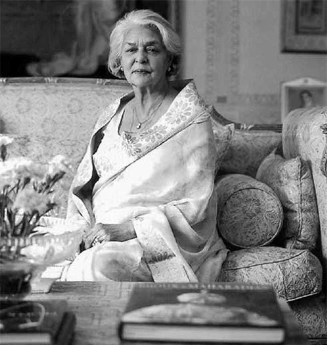 Nhan sắc đi vào lịch sử của hoàng hậu đẹp nhất Ấn Độ và nỗi đau đến khi qua đời cũng không nguôi - Ảnh 6.