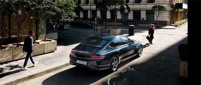 Soi chi tiết sedan hạng sang Genesis G80 mới - 16
