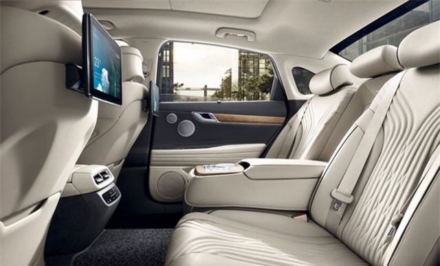 Soi chi tiết sedan hạng sang Genesis G80 mới - 23