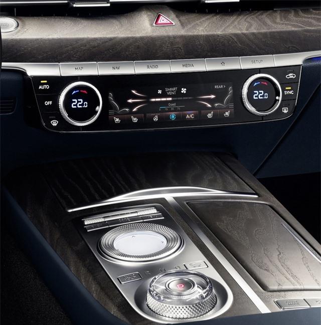 Soi chi tiết sedan hạng sang Genesis G80 mới - 37