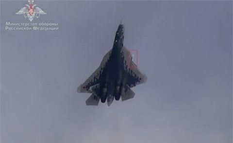 Su that F-35 nam ngua khai hoa