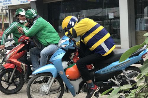 Xe ôm công nghệ tạm dừng hoạt động ở Hà Nội