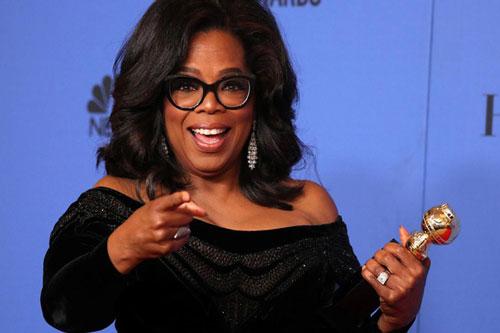 Diễn viên Oprah Winfrey cũng đóng góp 10 triệu USD để hỗ trợ những người có hoàn cảnh khó khăn.