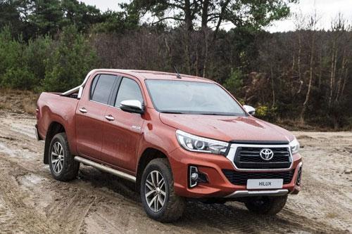 8. Toyota Hilux (doanh số: 85.232 chiếc).