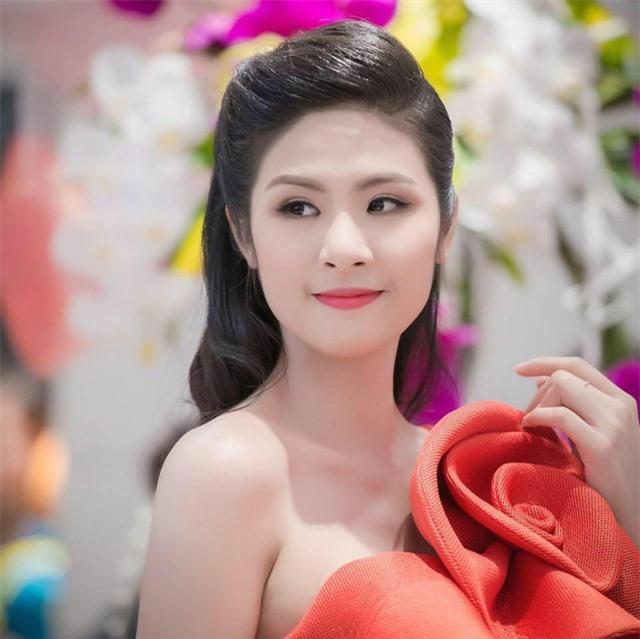 """Hoa hậu Ngọc Hân gây """"choáng"""" khi mạnh tay cắt tóc ngắn sau nhiều năm - 5"""