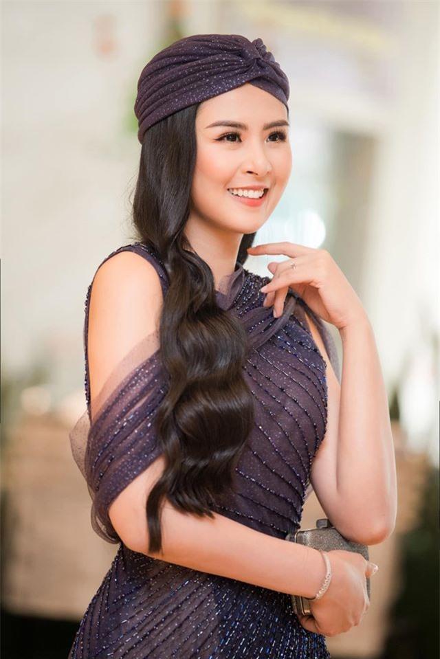 """Hoa hậu Ngọc Hân gây """"choáng"""" khi mạnh tay cắt tóc ngắn sau nhiều năm - 6"""
