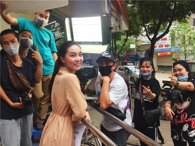 Hot girl Như Ngọc: Lần đầu tiên, tôi thấy đoàn làm phim bị xua đuổi như vậy - Ảnh 6.