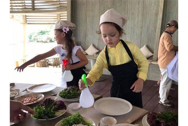 """Khoe con gái xinh làm bếp trưởng nhưng Hồng Nhung tiếc """"đứt ruột"""" vì quên mất một điều - 11"""