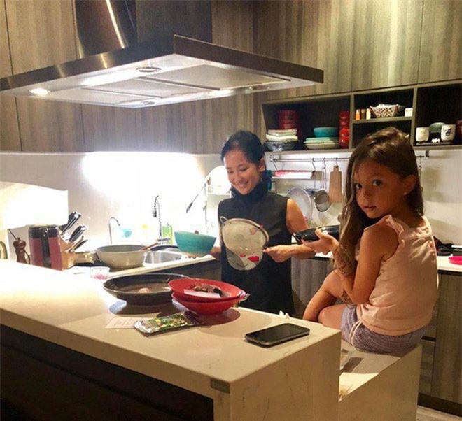 """Khoe con gái xinh làm bếp trưởng nhưng Hồng Nhung tiếc """"đứt ruột"""" vì quên mất một điều - 12"""