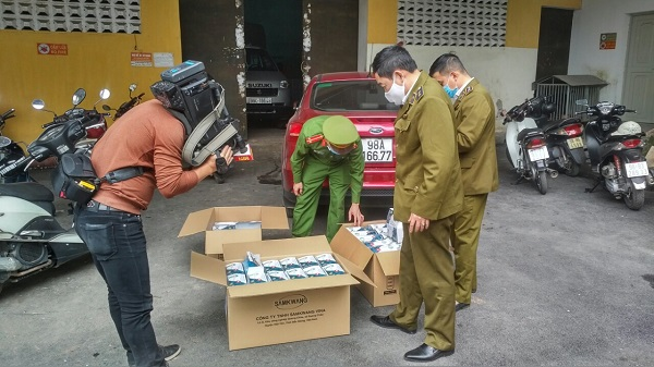 Bắc Giang tạm giữ 7.000 chiếc khẩu trang y tế kháng khuẩn