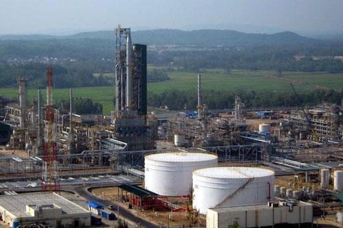 Tồn kho trên 90%, doanh nghiệp kiến nghị tạm ngưng nhập các sản phẩm xăng dầu