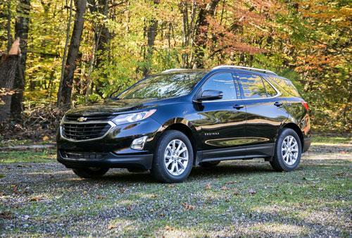 6. Chevrolet Equinox (doanh số: 73.453 chiếc). Ảnh: caranddriver.