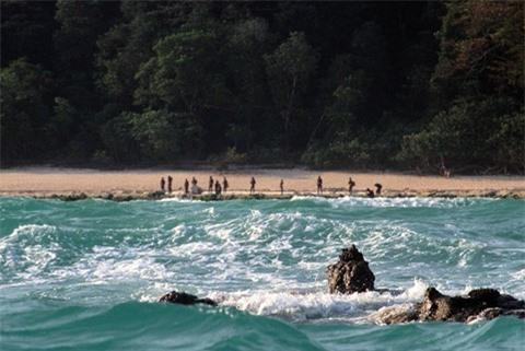 8 hòn đảo đáng sợ nhất thế giới không ai dám đến gần - Ảnh 3.
