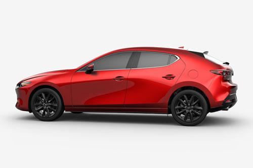 9. Mazda 3 Hatchback 2020 (giá khởi điểm: 23.700 USD).