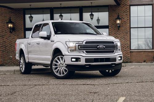 1. Ford F-Series (doanh số: 186.562 chiếc). Ảnh: caranddriver.