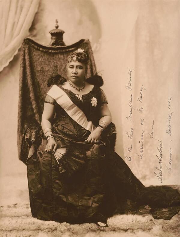 Câu chuyện cuộc đời đầy bi kịch của Nữ hoàng duy nhất và cuối cùng của Hawaii: Nỗ lực giành độc lập cho đất nước nhưng cuối đời phải sống trong cô độc - Ảnh 1.