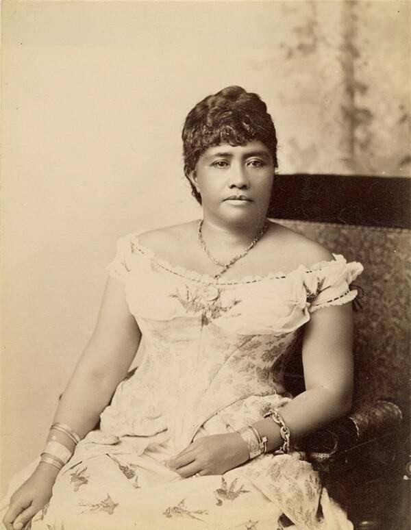 Câu chuyện cuộc đời đầy bi kịch của Nữ hoàng duy nhất và cuối cùng của Hawaii: Nỗ lực giành độc lập cho đất nước nhưng cuối đời phải sống trong cô độc - Ảnh 2.