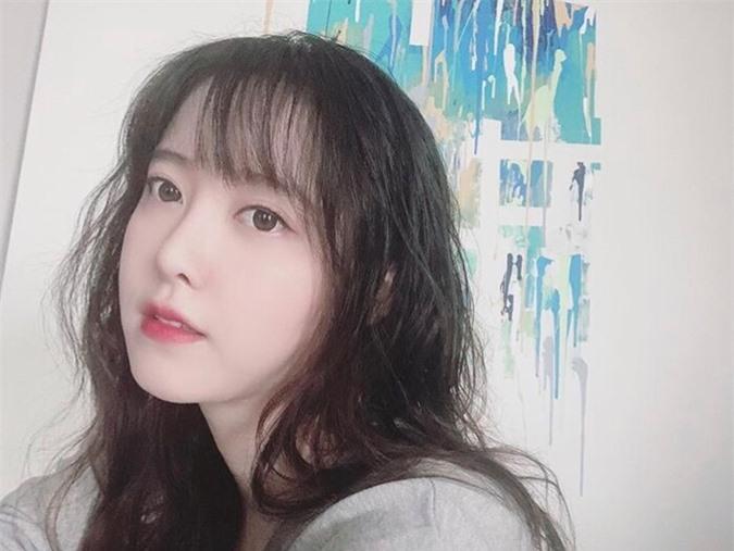 Giảm 8kg hậu ly hôn Ahn Jae Hyun, 'nàng cỏ' Goo Hye Sun bỗng hóa gái 20 - Ảnh 5