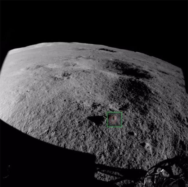 Phát hiện những viên đá lạ ở phần tối của Mặt Trăng - 2