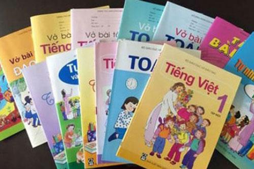 Nhiều nhà xuất bản điều chỉnh giảm giá bán sách giáo khoa lớp 1