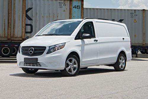 3. Mercedes-Benz Metris 2020 (giá khởi điểm: 32.585 USD).