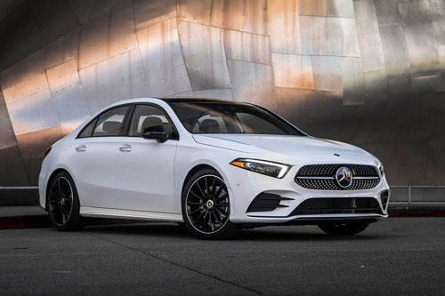 5. Mercedes-Benz A-Class 2020 (giá khởi điểm: 33.795 USD).