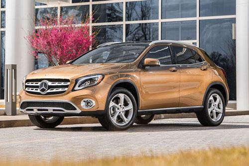 9. Mercedes-Benz GLA-Class 2020 (giá khởi điểm: 34.245 USD).