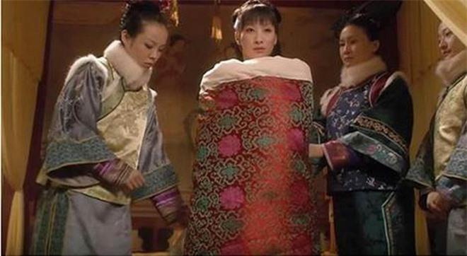 Chuyện phòng the của vua chúa Trung Hoa: Hoàng đế bị mất hứng vì các điều luật oái oăm này - Ảnh 2.