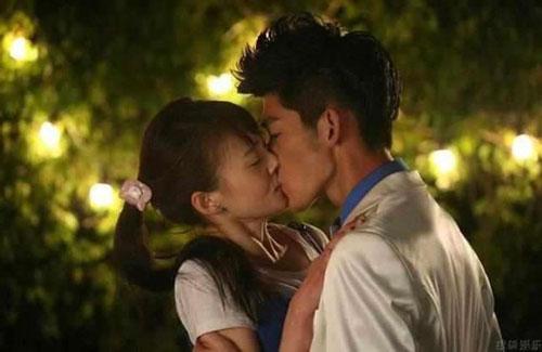 Sao Hoa ngữ đã mất nụ hôn đầu trên màn ảnh như thế nào?