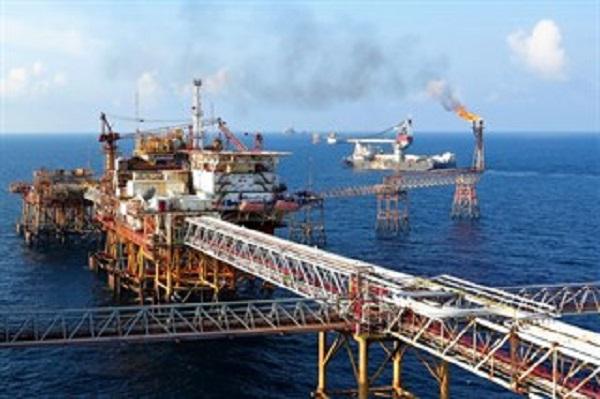 Tác động kép từ đại dịch Covid-19 và giá dầu, PVN không hoàn thành kế hoạch quý I