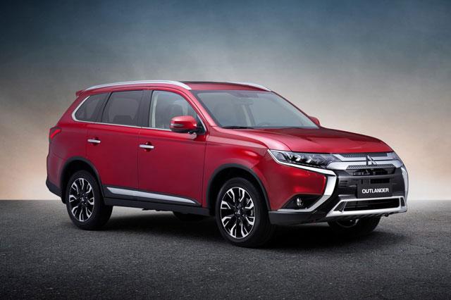 Loạt xe Mitsubishi giảm giá 'sập sàn' tại Việt Nam