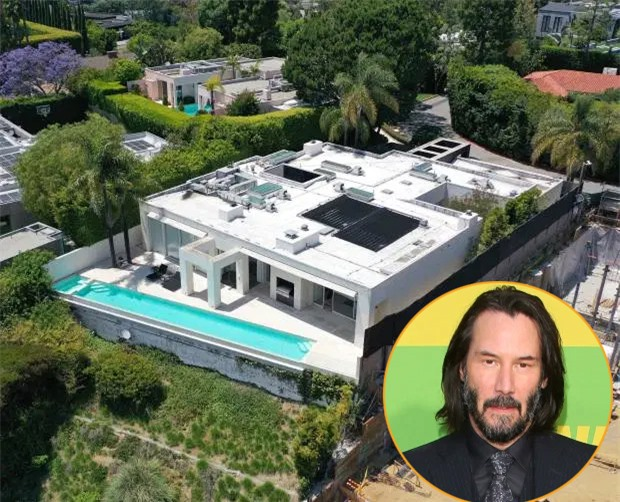 Tài tử Ma trận Keanu Reeves nghỉ ngơi trong biệt thự 5,6 triệu USD ở Hollywood Hills, Los Angeles. Những ngày này, nam diễn viên không còn cô đơn khi anh đang yêu nữ họa sĩ Alexandra Grant.