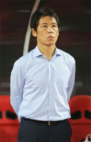 HLV Nishino và các cầu thủ Thái Lan đang toàn tâm hướng về vòng loại World Cup 2022 Ảnh: Đức Cường