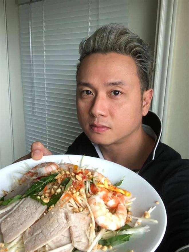 """Hóa ra showbiz Việt có một """"soái ca"""" đẹp trai, hát hay lại còn nấu ăn như siêu đầu bếp - 8"""
