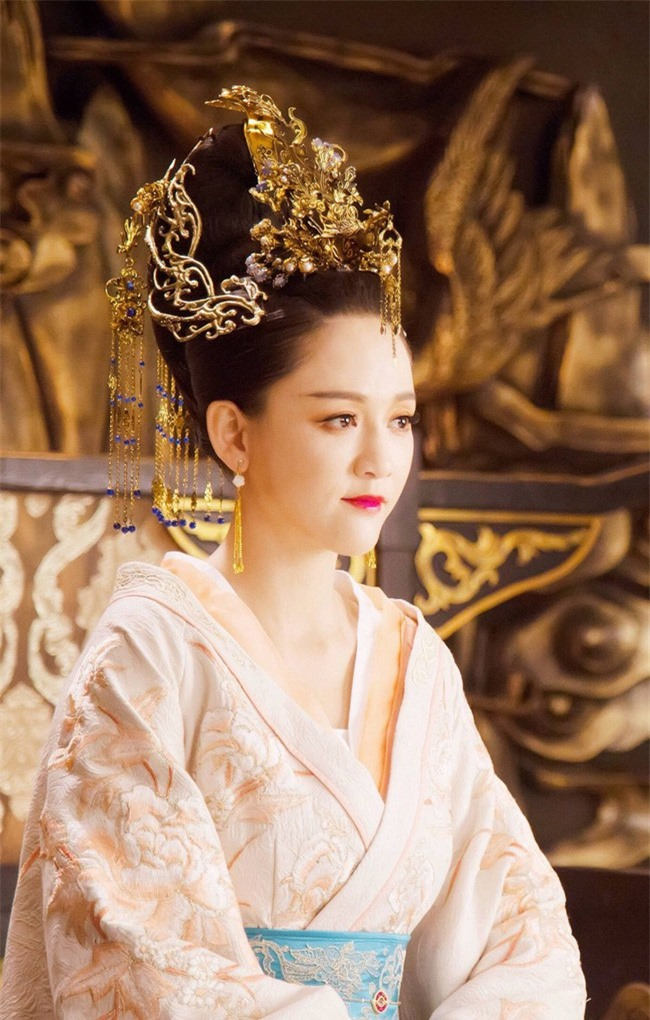 Cố Luân Hòa Hiếu Công Chúa - cô con gái út kỳ lạ được Càn Long yêu thương nhất, hưởng vinh hoa suốt 3 đời Hoàng đế Thanh triều - Ảnh 7.