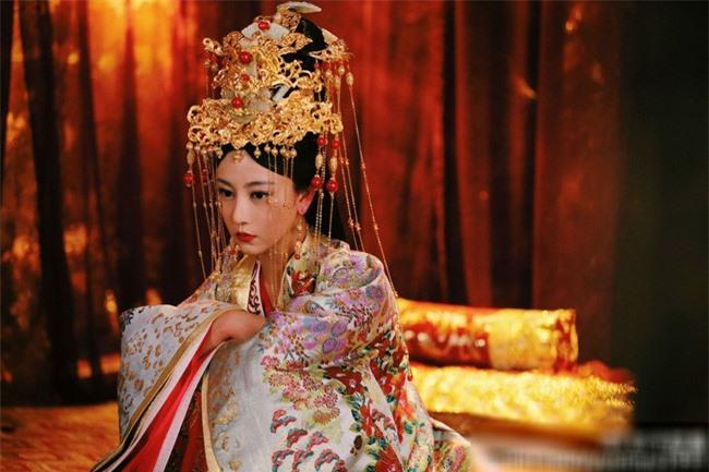 Cố Luân Hòa Hiếu Công Chúa - cô con gái út kỳ lạ được Càn Long yêu thương nhất, hưởng vinh hoa suốt 3 đời Hoàng đế Thanh triều - Ảnh 8.