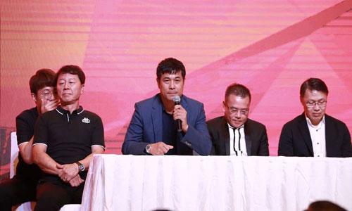 Chủ tịch Nguyễn Hữu Thắng phản đối việc không dùng ngoại binh tại V.League 2020.