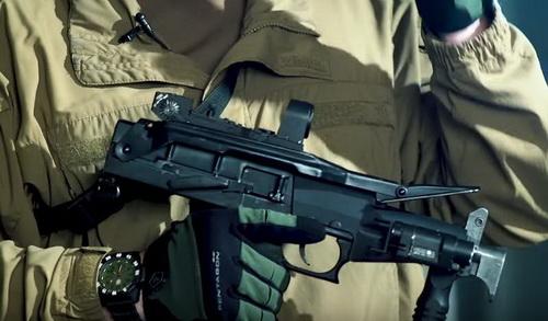 Vệ binh Quốc gia Nga sẽ được trang bị súng tiểu liên SR-2MP Veresk. Ảnh: TASS.