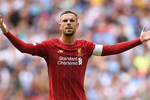 Henderson dẫn đầu nhóm cầu thủ từ chối giảm lương