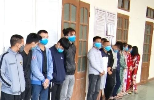 Thanh Hóa: Gần chục đối tượng sử dụng quán karaoke để chơi ma túy giữa đại dịch