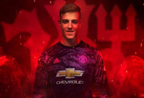 Man United chính thức có thủ môn mới